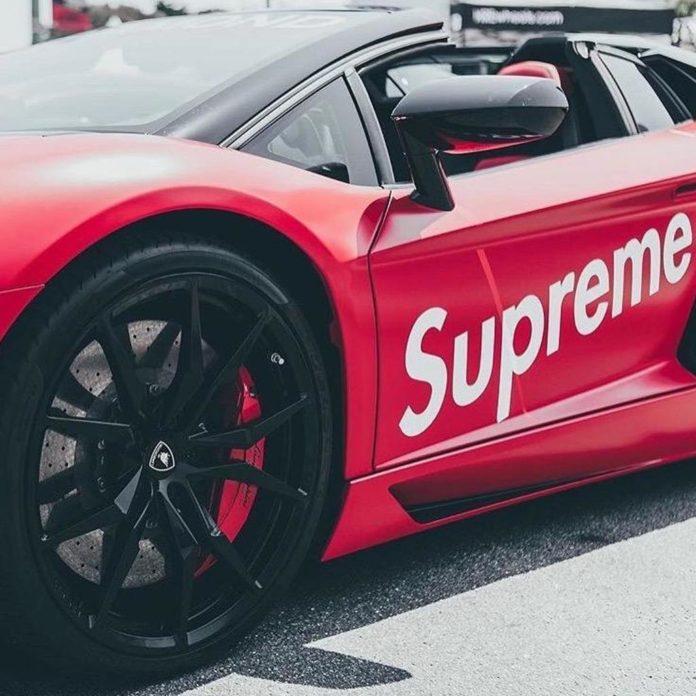 Supreme x Lamborghini collaborazione
