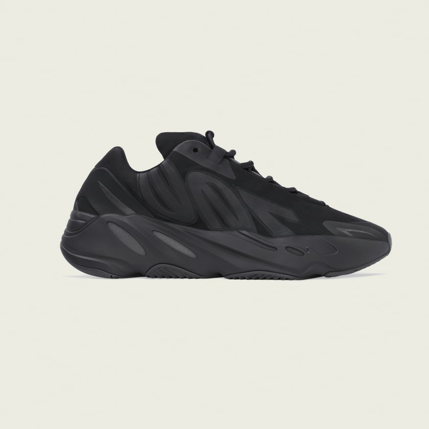 YEEZY BOOST 700 MNVN BLACK