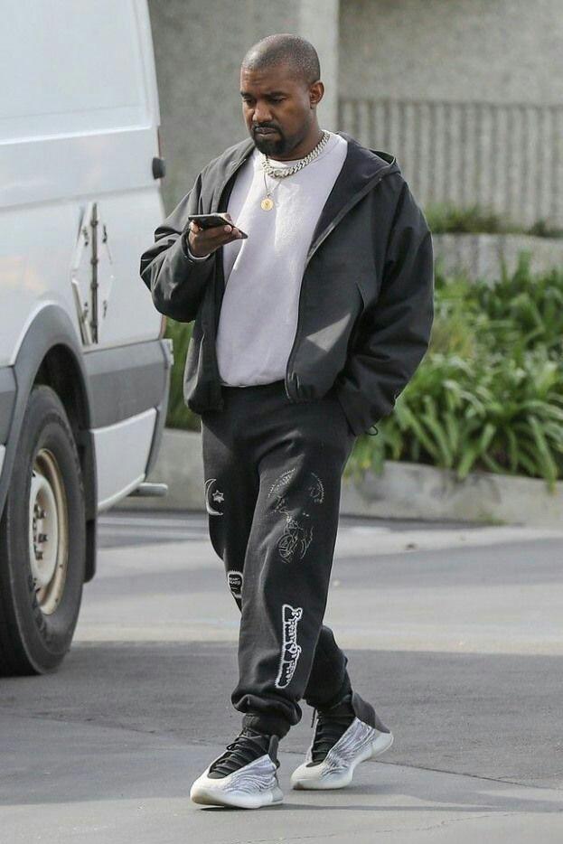 Kanye-West-adidas-yeezy-quantum