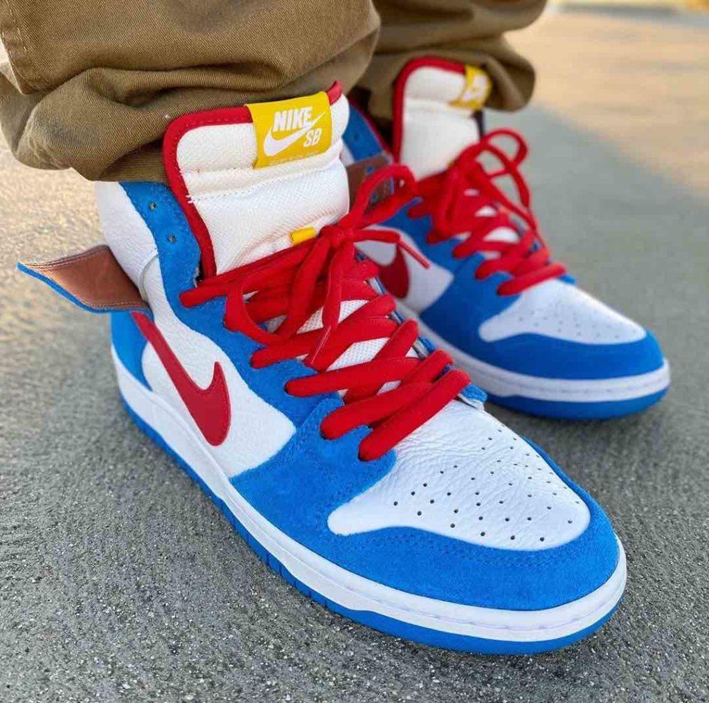 Nike-SB-Dunk-High-Doraemon-Feet