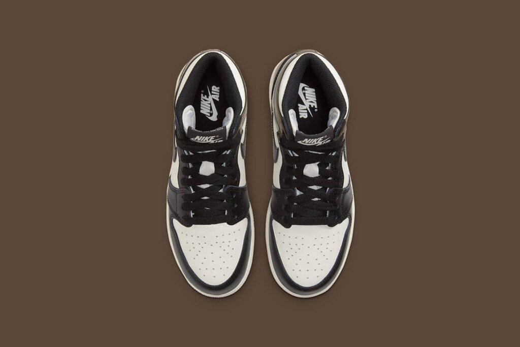 Nike-air-jordan-1-dark-mocha-Nike-SNKRS-data-di-release-31-Ottobre-2020-Paio
