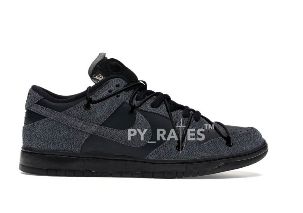 Off-White-Nike-Dunk-Low-Triple-Black-First-Look-Model-1-Release-2021