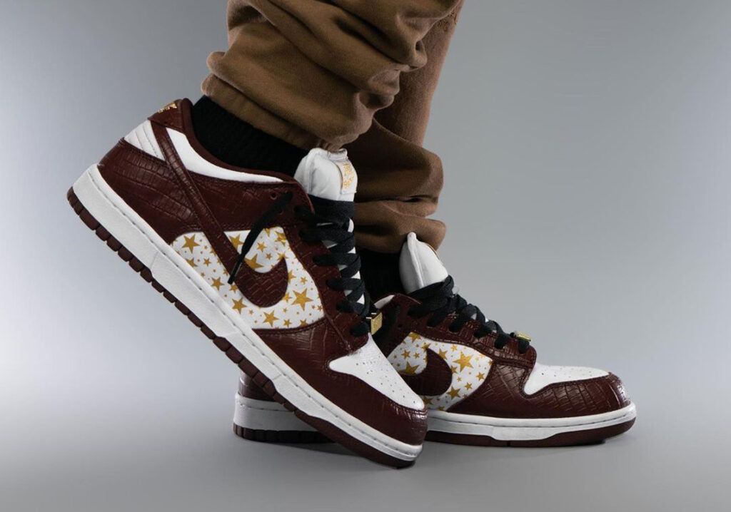 Supreme-Nike-SB-Dunk-Low-Barkroot-Brown-Italianhype-4