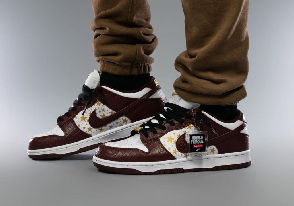 Supreme-Nike-SB-Dunk-Low-Barkroot-Brown-Italianhype-5