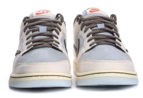 travis-scott-playstation-nike-dunk-low-sneakers-4