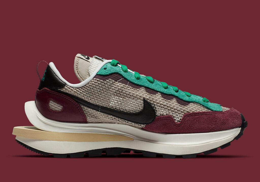sacai-Nike-VaporWaffle-Villain-Red-DD3035-200-2