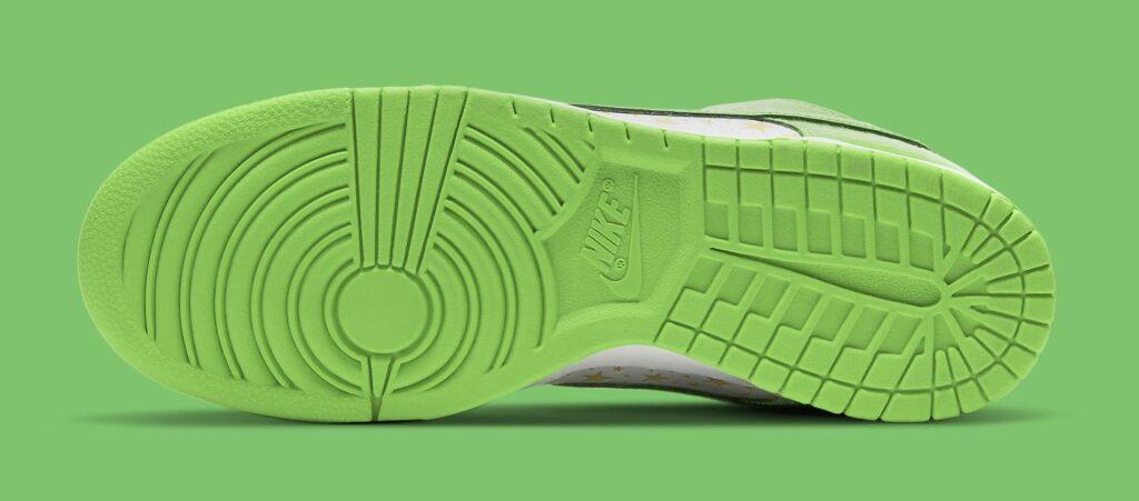 supreme-nike-sb-dunk-low-green-dh3228-101-outsole