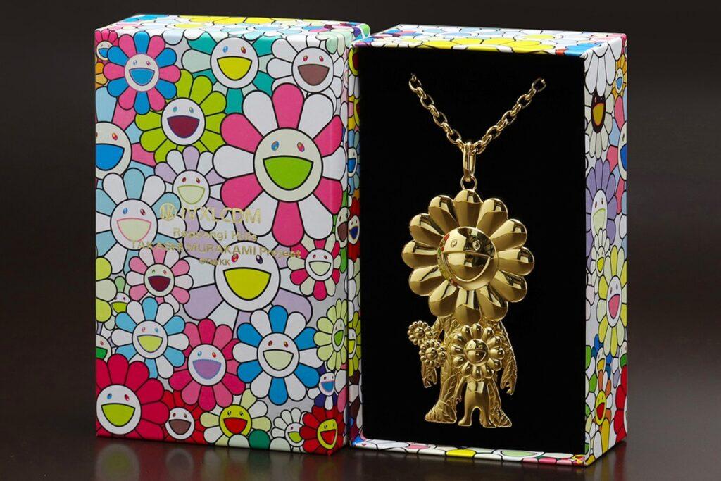 takashi-murakami-roppongi-hills-project-ivxlcdm-gold-necklace-001
